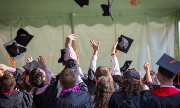 Решить проблему нехватки рабочих рук может помочь система отечественного образования