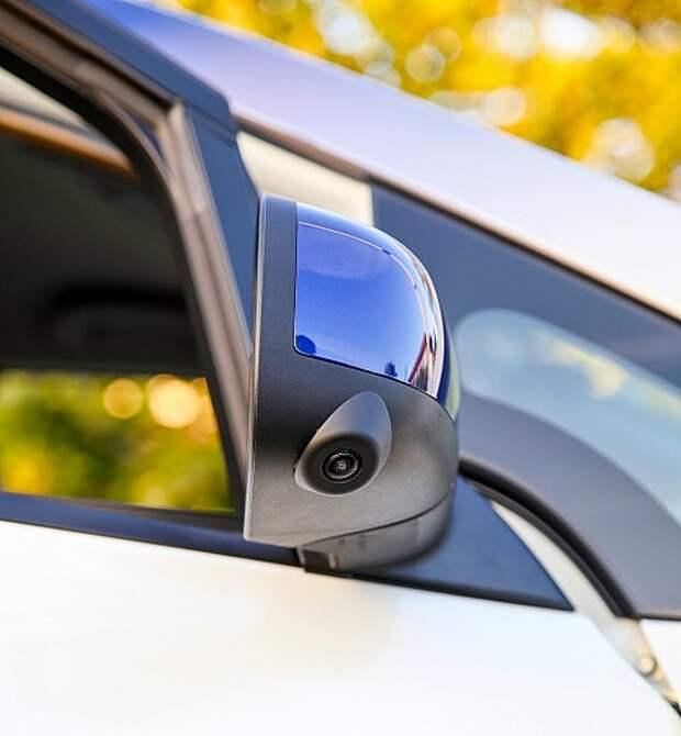 Пересчитываем камеры самоуправляемого Nissan Leaf