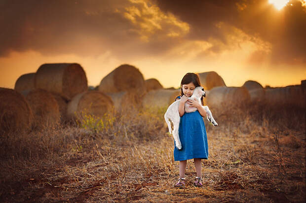 Лучшие фотографы мира сделали потрясающие снимки детей и животных