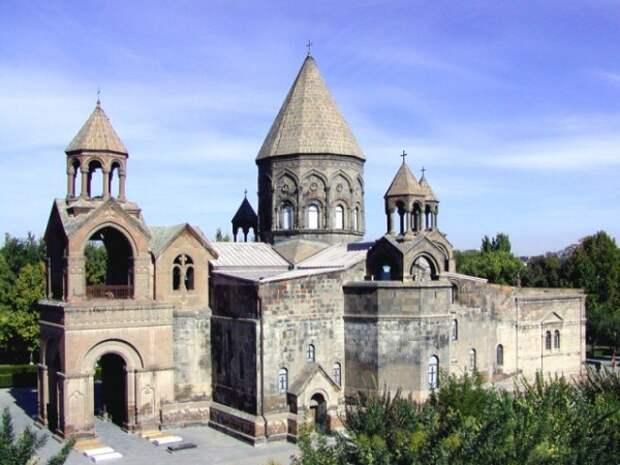 Система государственного управления Армянской церковью вРоссийской империи