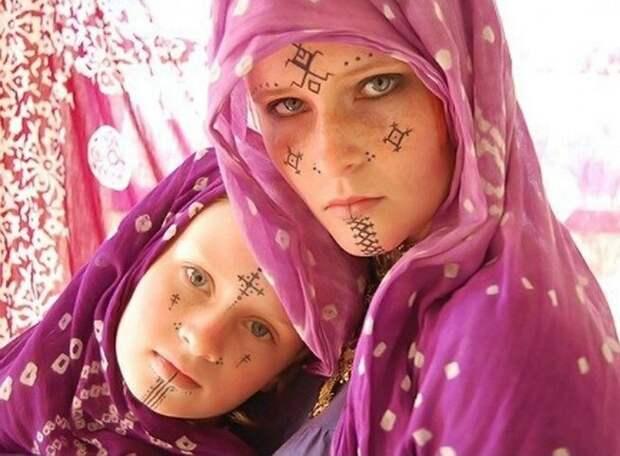 Амазихи - белые люди Северной Африки. Фото взято с сайта https://hystory.mediasole.ru/