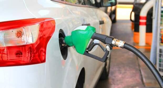 Россия вошла в тройку лидеров в Европе по дешевизне бензина