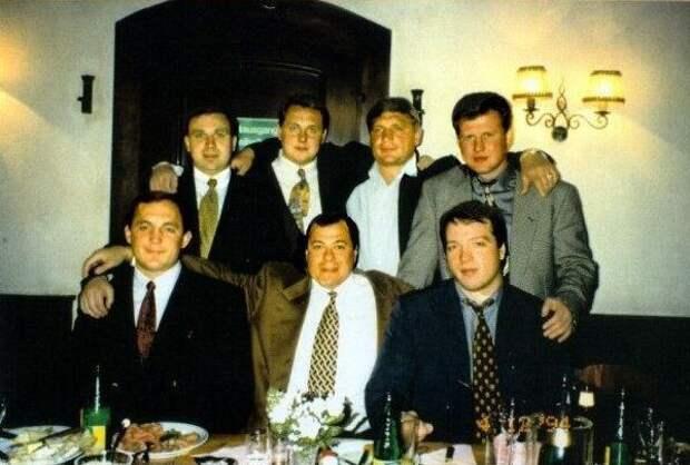 Пять крупнейших ОПГ, державших бизнес в 90-х