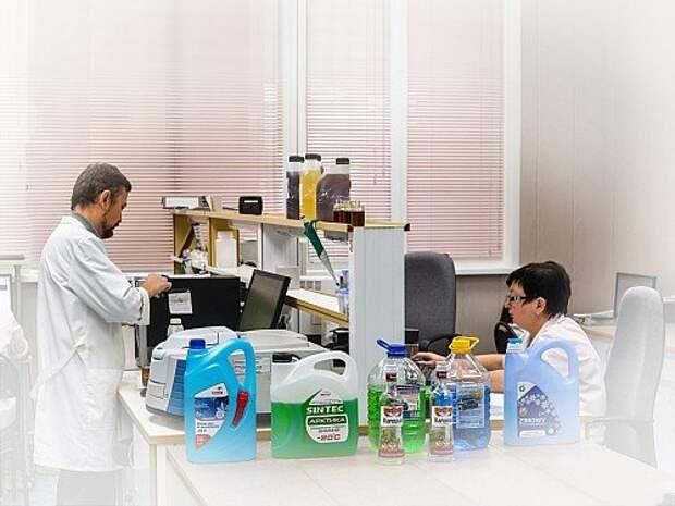 Тест стеклоомывающих жидкостей: изопропил и этанол против метанола (ВИДЕО)