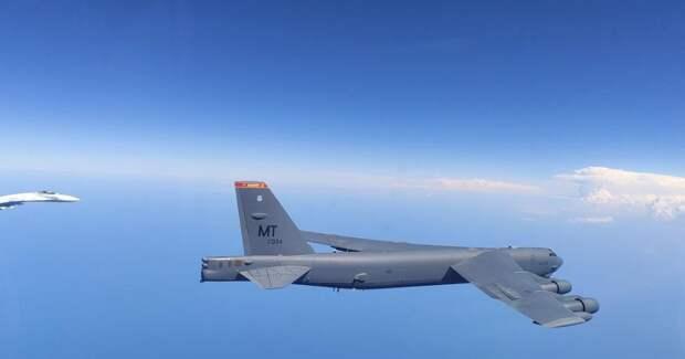 """ВВС США обвинили российские Су-27 в """"создании турбулентности"""""""