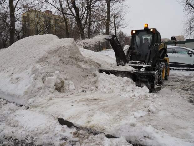 Снежной горы на Окружной улице больше нет — управа