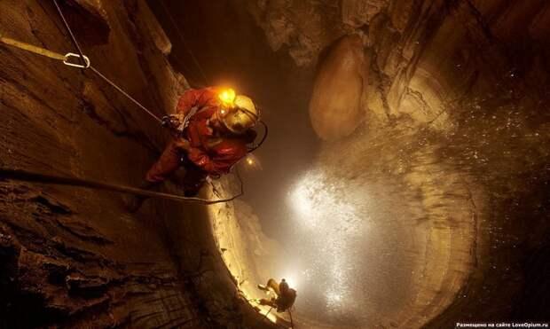 Самая глубокая в мире пещера (3)