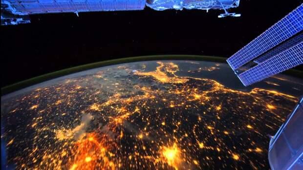 Ночные огни Земли – вид из космоса