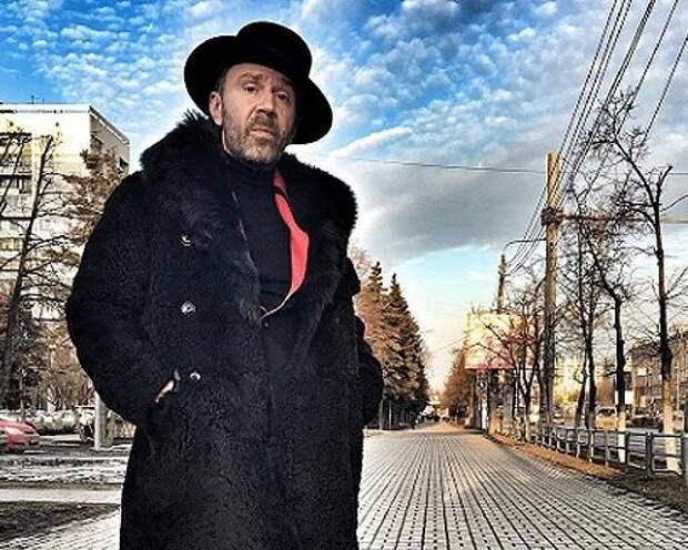 Актеры рассказали о съемках клипа группы «Ленинград» «В Питере — пить»
