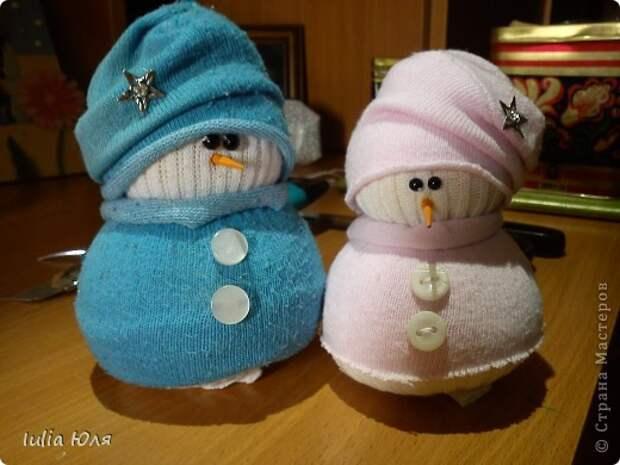 Игрушка Мастер-класс Новый год Рождество Шитьё Снеговики из носков Бусины Карандаш Нитки Носки фото 21