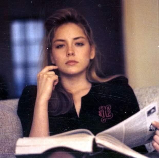 Шерон Стоун в 25 лет  интересно, история, фото
