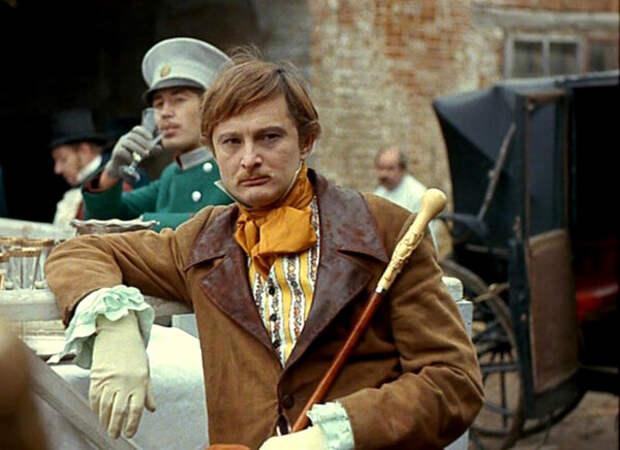 Виктор Сергачев в фильме «Дворянское гнездо» 1969г. (источник фото: kino-teatr.ru)