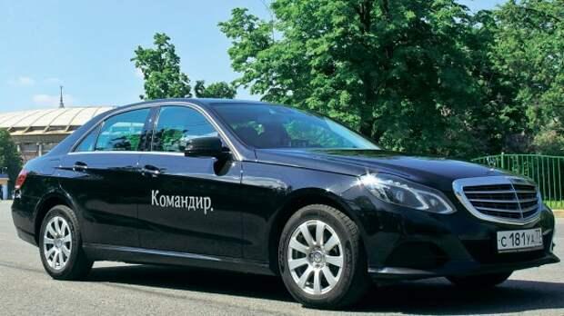 Как Mercedes-Benz E-класса уживается в шкуре такси