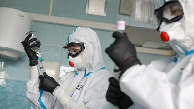 В России за сутки выявлено 17 594 случая коронавируса