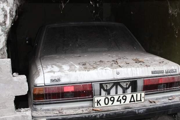 Toyota Mark II 1984-го года замурованная за стеной Mark II, toyota, находка