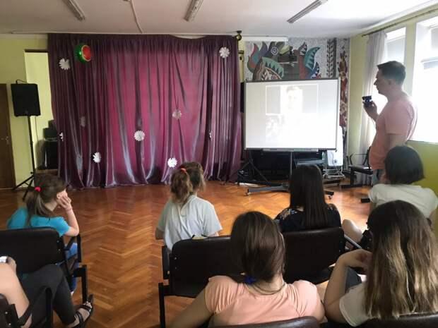 Мой семейный центр СЗАО  проводит онлайн встречи с топовыми блогерами