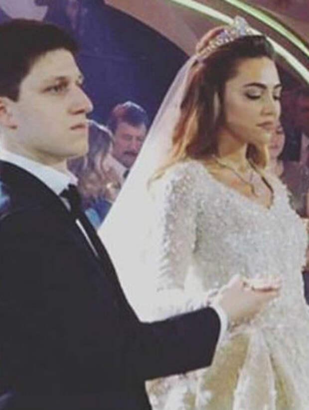 Фотографии со свадьбы саида гуцериева