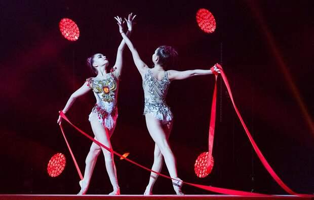 Сестры Аверины - самые титулованные в мире гимнастки-близнецы (ФОТО)