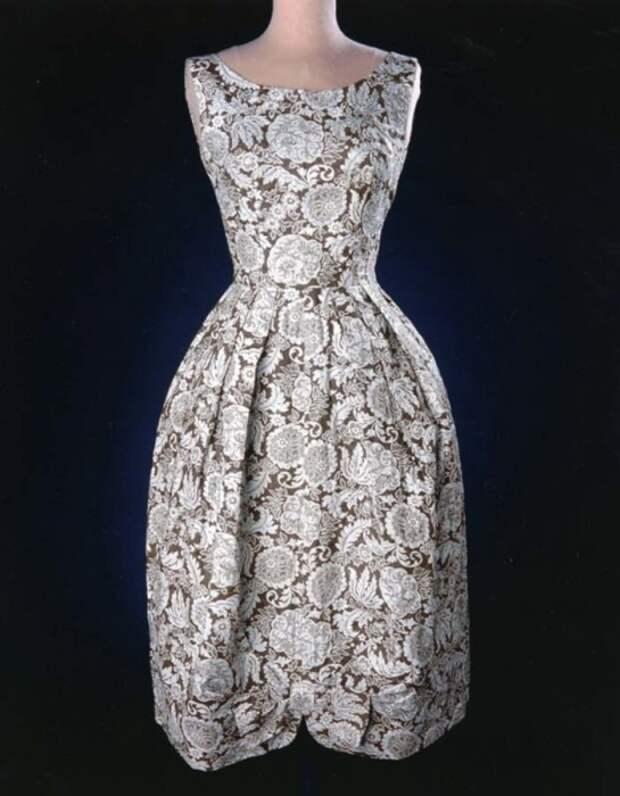 Платье, сшитое из мешка для конкурса кройки и шитья (Канзас, 1930-е гг)