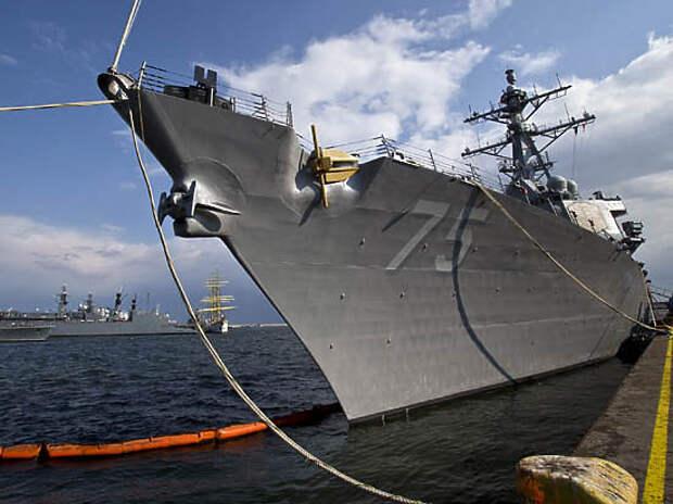 «Дональд Кук» пришел за реваншем? Обиженный на Су-24 эсминец США вновь в Черном море