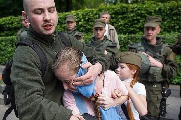 «А меня за что?» – в Киеве отомстили «ветерану российско-украинской войны»