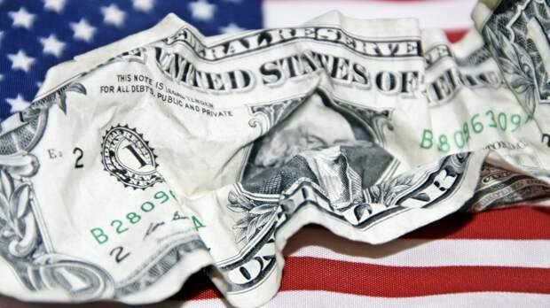 МИД РФ усомнился в целесообразности использования доллара