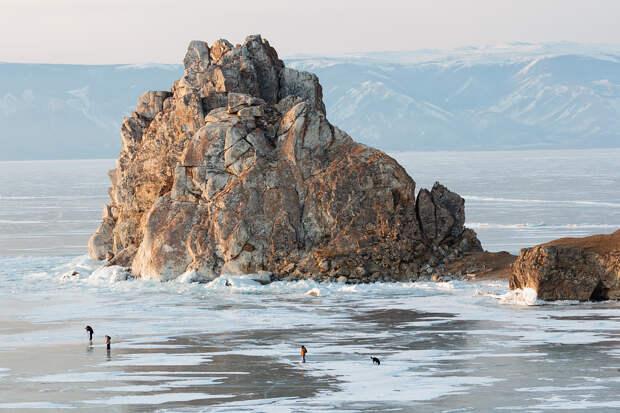 Зимний Байкал: мир льда и ветра