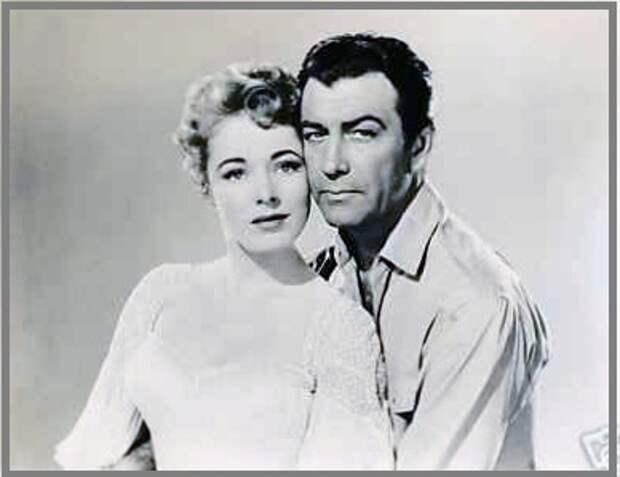 """Роберт Тейлор и Элинор Паркер на съемках фильма """"Долина фараонов"""". 1954 год."""