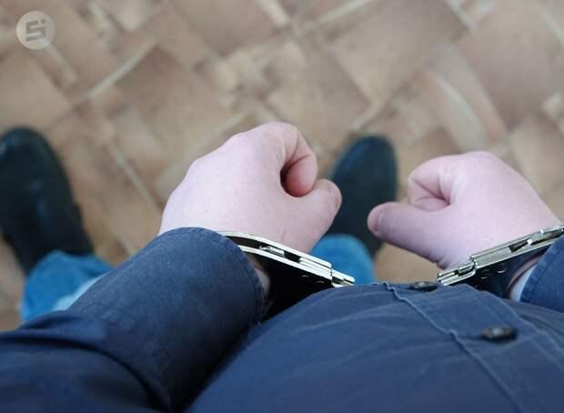 Поджигателя и неудачливого угонщика отправили в колонию строгого режима в Ижевске