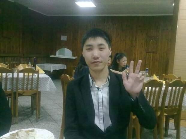 Школьный медбрат спас детей, которые чуть не задохнулись в своем доме Улан-Удэ, медбрат, подвиг, спасение детей
