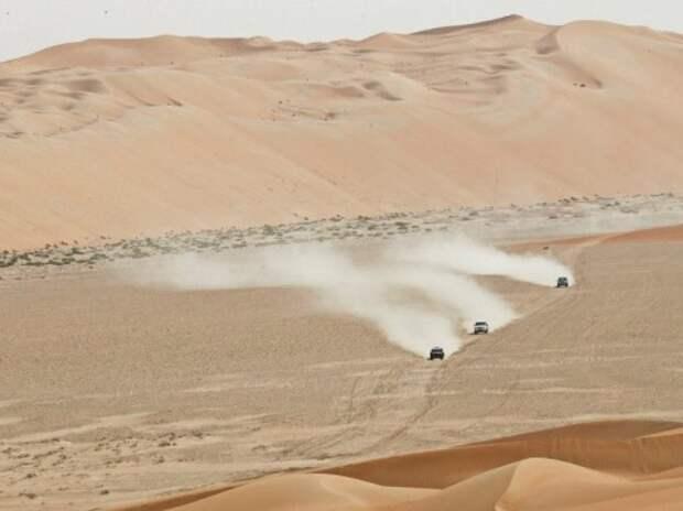 Ралли-рейды: третий день Abu Dhabi Desert Challenge