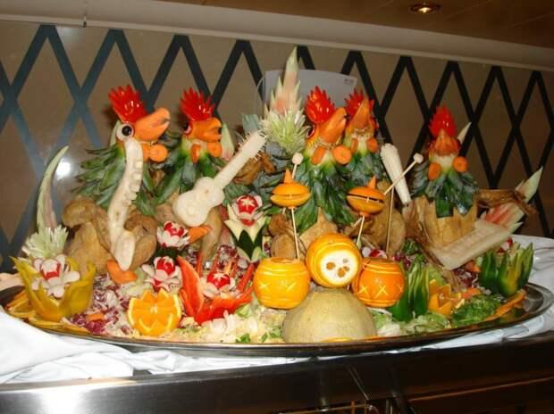 кулинарный карвинг - украшения праздничных столов
