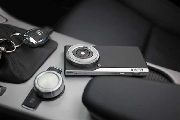 смартфон Panasonic Lumix CM1