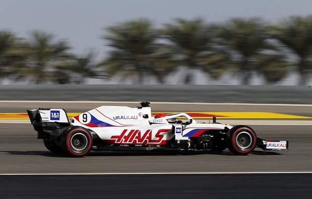 Сын российского миллиардера впервые доехал до финиша в «Формулы-1»
