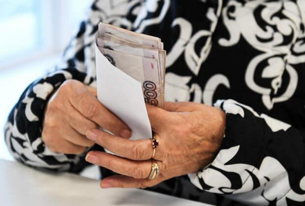 Путин переиграл Силуанова с индексацией пенсий работающим старикам. На исполнение - месяц