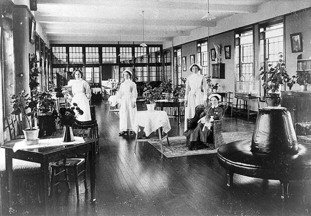Эксперимент Розенхана: как 8 совершенно здоровых людей отправились в психушку интересно, познавательно, психиатрическая больница, психиатрия, психология, факты, эксперимент, эксперимент розенхана