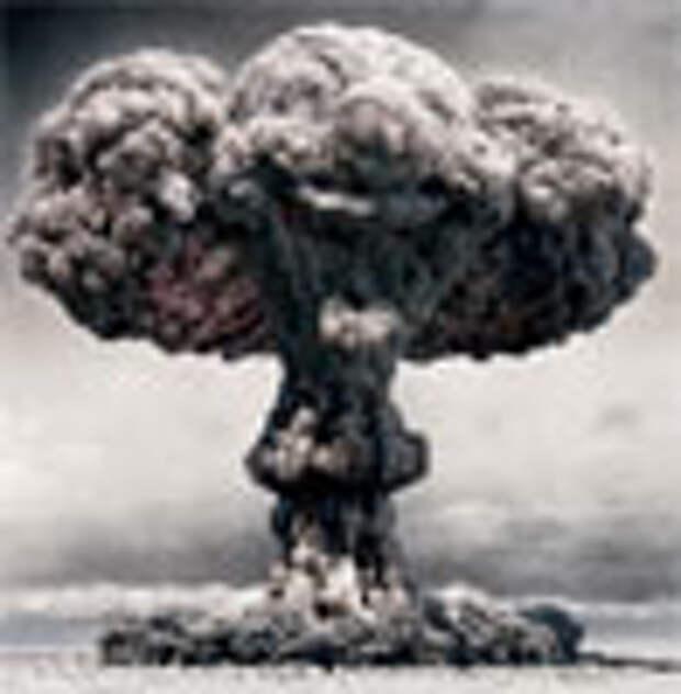 Playstation 3 рекламируется с помощью ядерного взрыва