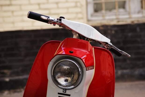 """Из """"гадкого мото-утёнка"""" в очаровательного лебедя Вятка-электрон, реставрация мотороллера"""
