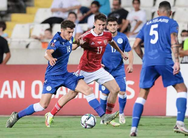 Кипр - Россия - 0:2. Смолов раздавал, Ерохин и Жемалетдинов забивали - «Валерим», есть первая победа!