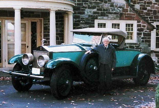 Человек, который 78 лет ездил на одной машине