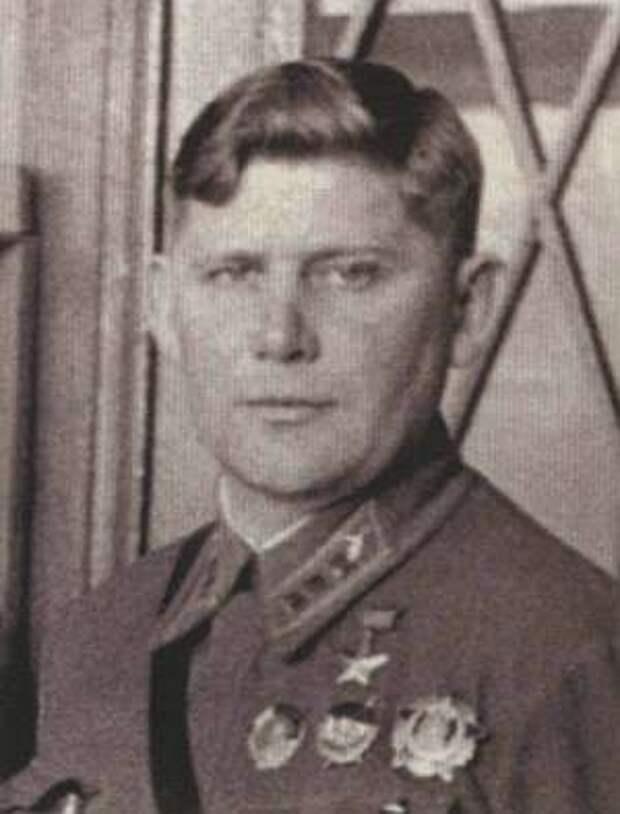Ст. лейтенант И.И. Красноюрченко