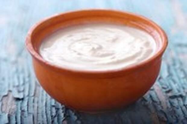 Салаты без майонеза: 5 рецептов легких соусов.