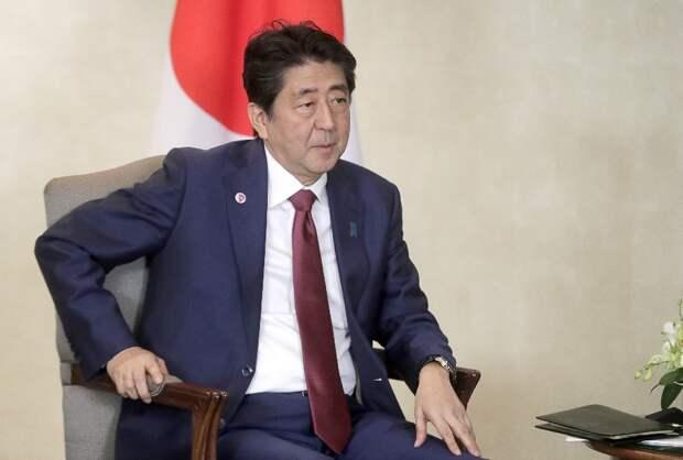 Абэ выступил с заявлением по допуску США к Курилам