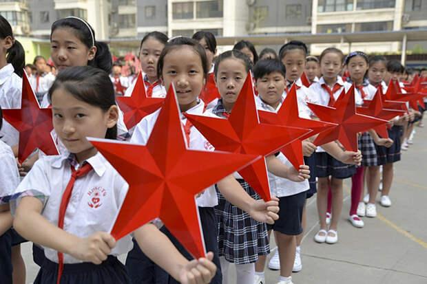 Запад не простит России и Китаю общий праздник Победы