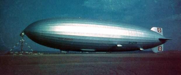LZ-130 Граф Цеппелин, Оригинальный цвет фото (нажмите, чтобы увеличить)
