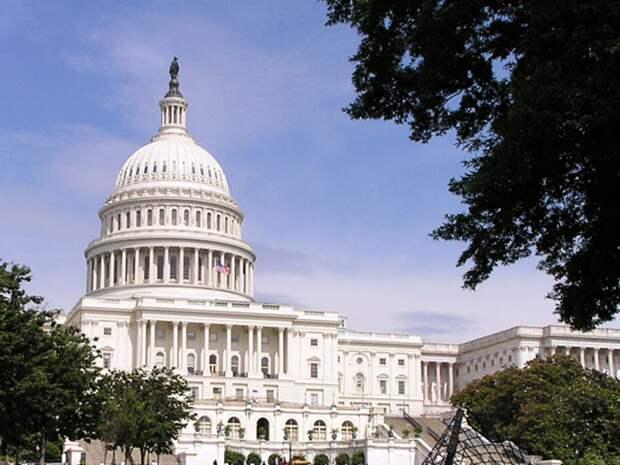 В Конгрессе США призвали отказать представителям «клептократий от России до Венесуэлы» в доступе к финансам на Западе