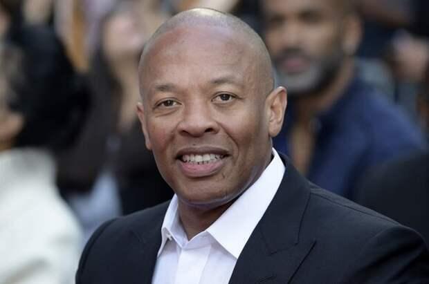 Музыканта Dr. Dre выписали из больницы после аневризмы