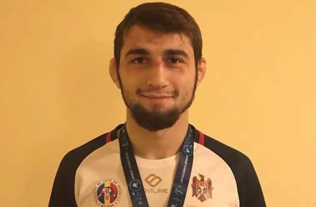 Максим Сакулцан поборется за бронзовую медаль на ЧЕ