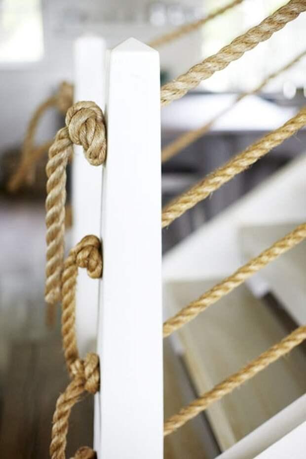 Веревка в интерьере (трафик)