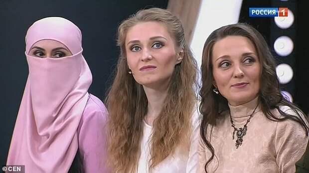 """Российский """"султан"""" и три его жены прославились на всю страну гарем, и такое бывает, многоженство, мужчина и женщины, полигамия, россия, семья и брак, султан"""